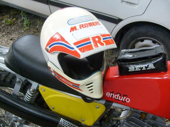http://www.srcf.fr/forum/img_forum/2010/05/moto-803.jpg