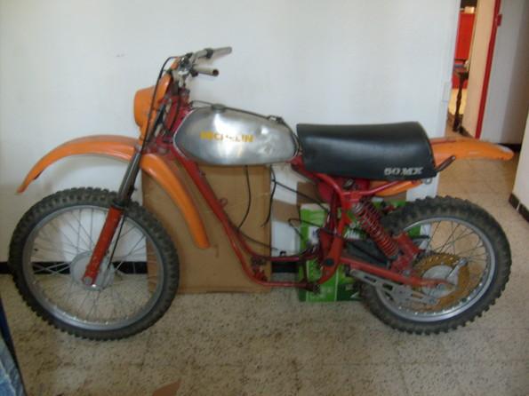 http://www.srcf.fr/forum/img_forum/2010/07/moto-056-3.jpg