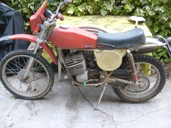 http://www.srcf.fr/forum/img_forum/2010/07/moto-419-1.jpg