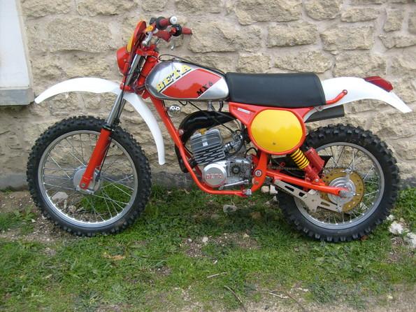 http://www.srcf.fr/forum/img_forum/2010/07/moto-631-3.jpg