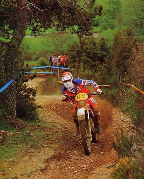 http://www.srcf.fr/forum/img_forum/2012/10/brissoni-1981-fantic-125-a.jpg