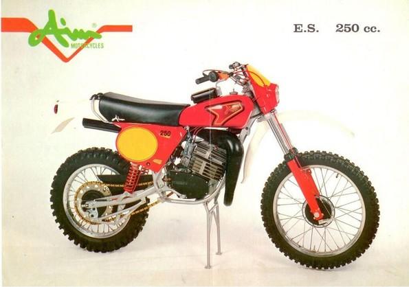 http://www.srcf.fr/forum/img_forum/2018/06/1334_AIM-250-RG-1979.jpg