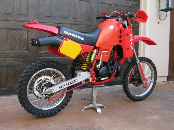 http://www.srcf.fr/forum/img_forum/2019/04/3409_Cagiva-WMX-500-Rear-Right-a.jpg