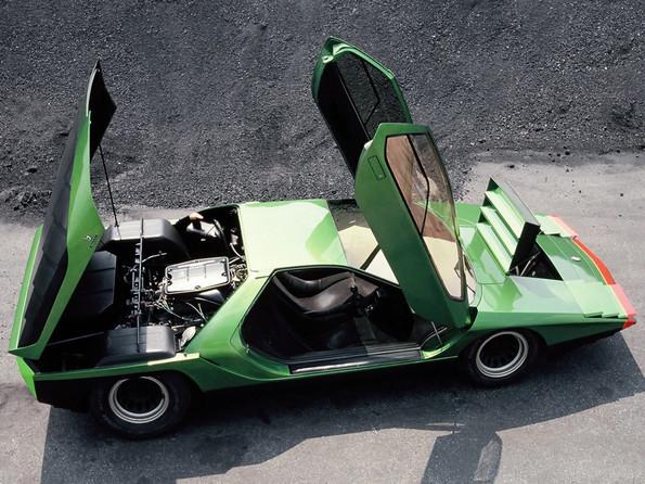 http://www.srcf.fr/forum/img_forum/2019/36/2810_1968-Bertone-Alfa-Romeo-Carabo-18.jpg
